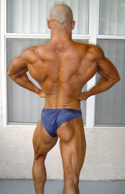 Bill Large Back pose